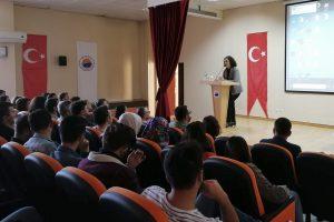 Boyabat İİBF'de 'Değişim Programları Bilgilendirme Toplantısı' Düzenlendi